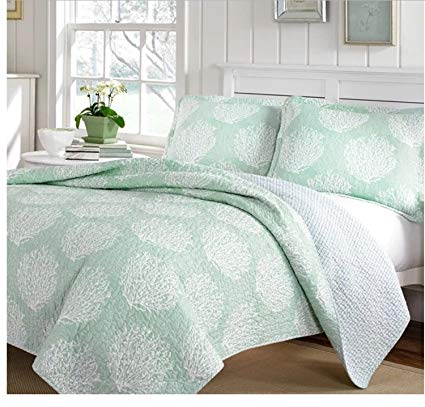 3 Piece Reversible Coral All Over Design Quilt Set Full/Queen Size, Featuring Vibrant Coastal Inspired Graphic Print Comfortable Bedding, Casual Novelty Nature Themed Bedroom Decoration, Green, White